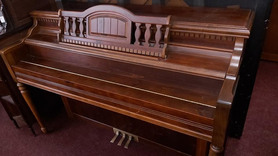 LOWREY Normal L Stein design spinet piano 06