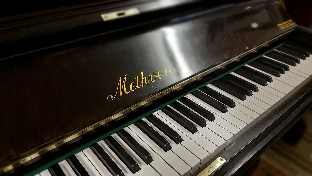METHVEN upright piano 03