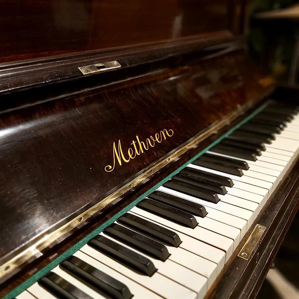 METHVEN upright piano 04