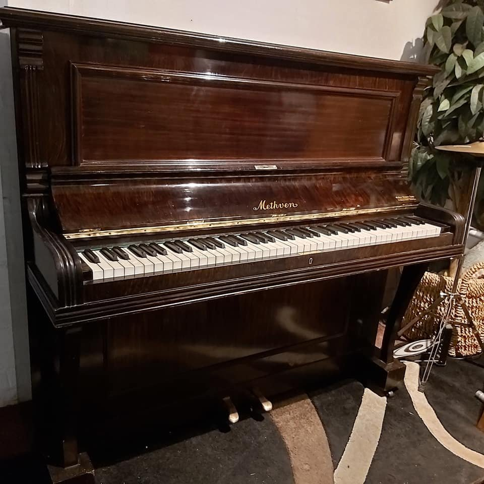 METHVEN upright piano 05