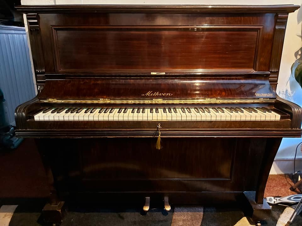 METHVEN upright piano 06