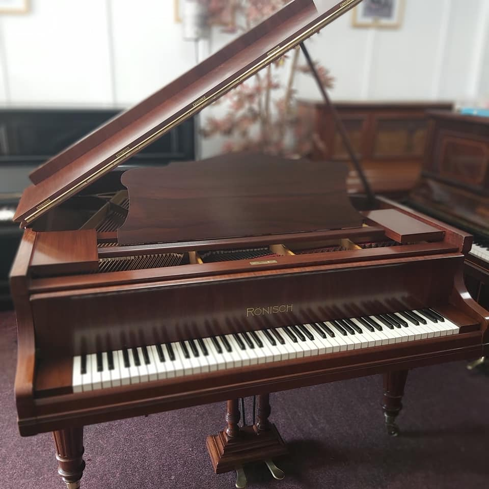 Acoustic grand and upright pianos for sale